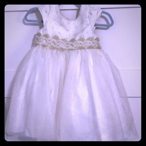 Like New Pippa & Julie Gold/White Sparkle Dress